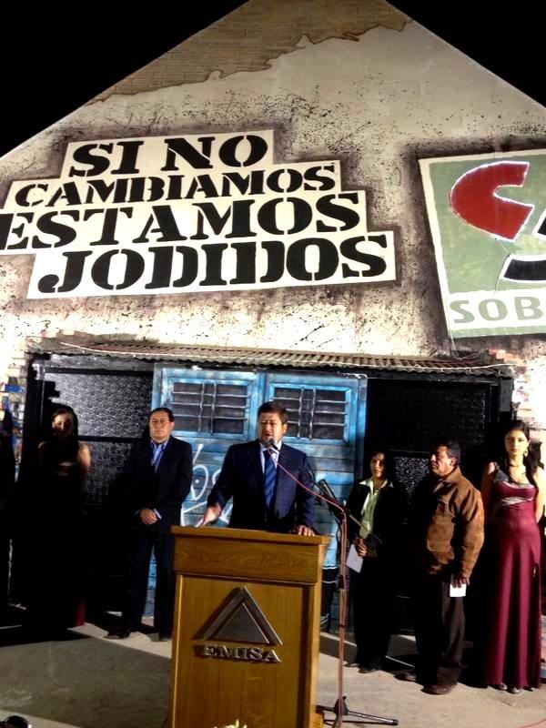 En Oruro participando de la inauguración de la EXPOTECO, la feria orureña que se realiza año a año y va mejorando en cada versión.  SOBOCE presentó su stand que educa sobre la relación de la droga y violencia familiar con la seguridad ciudadana.