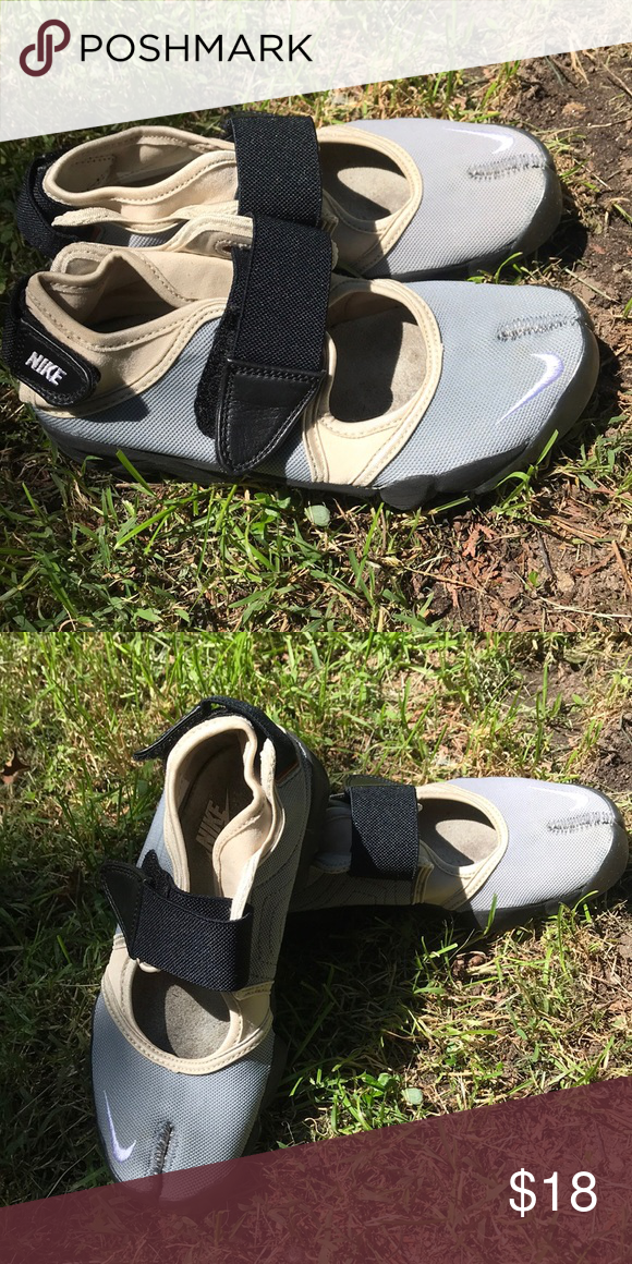 Gym training shoes, Nike free