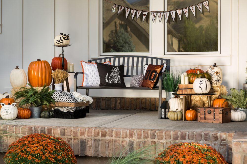 Make An Entrance Diy Your Halloween Front Porch Diy Halloween