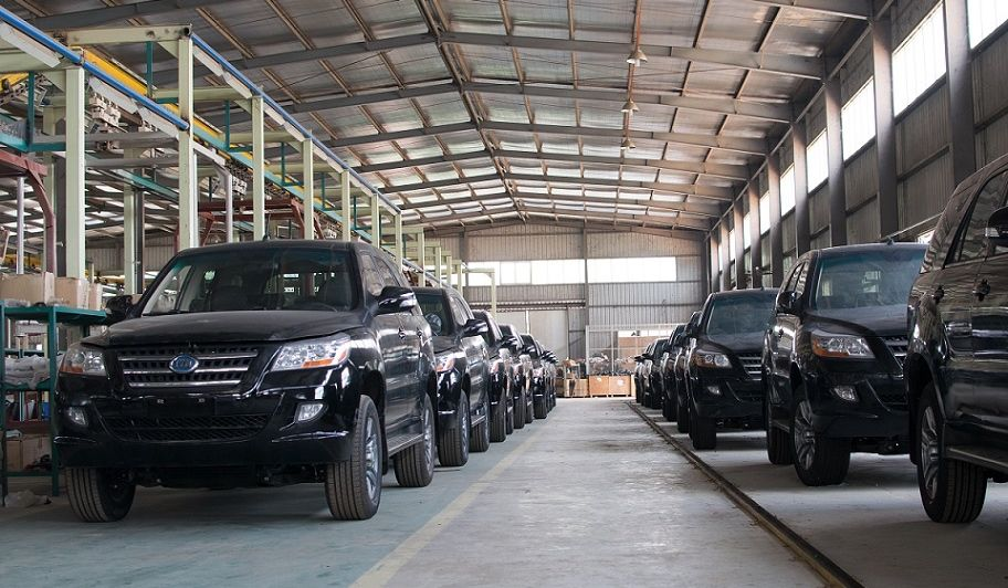 """The cost of Nigeria's """"Tokunbo"""" policy Buying new car"""