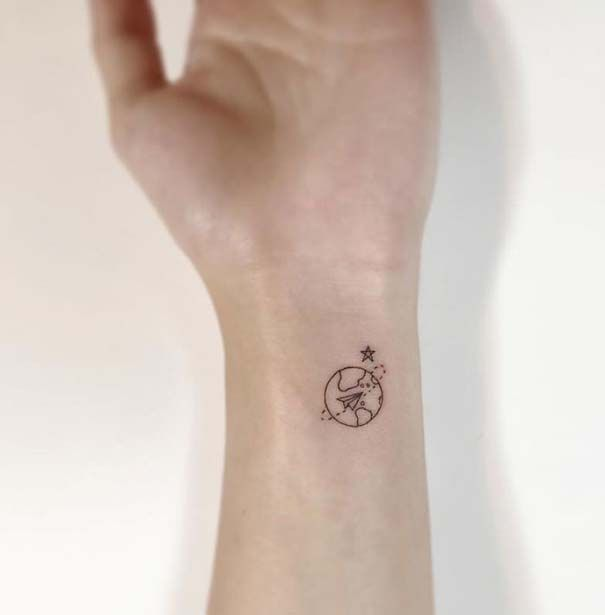 Dating καλλιτέχνες τατουάζ ανύπαντρης κυρίες για dating στο Λάγκος