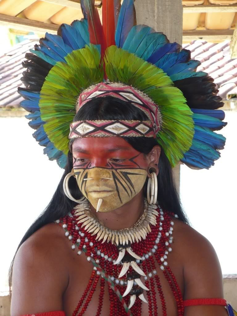 The Pataxo Are A Native Tribe In Bahia Brazil With A Population Of About 11 800 Indivi Indios Brasileiros Arte Indigena Brasileira Povos Indigenas Brasileiros