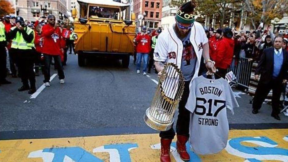 Red Sox players honor bomb victims Boston marathon