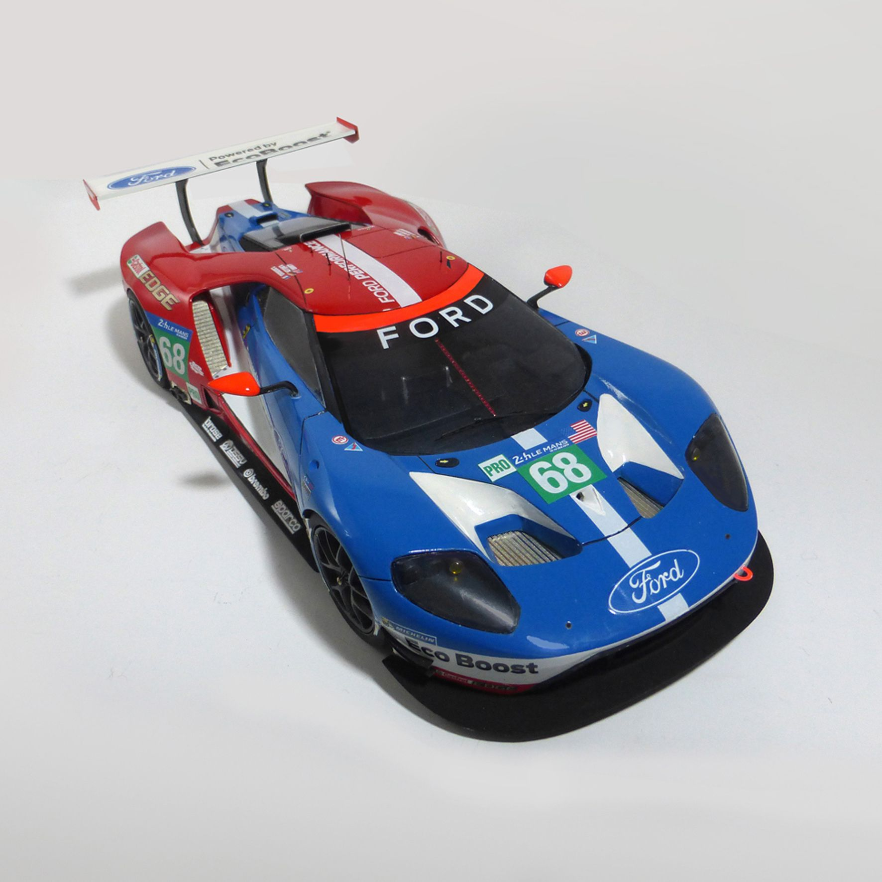 Ford GT Le Mans 2016 1/24 scale model car. Available in