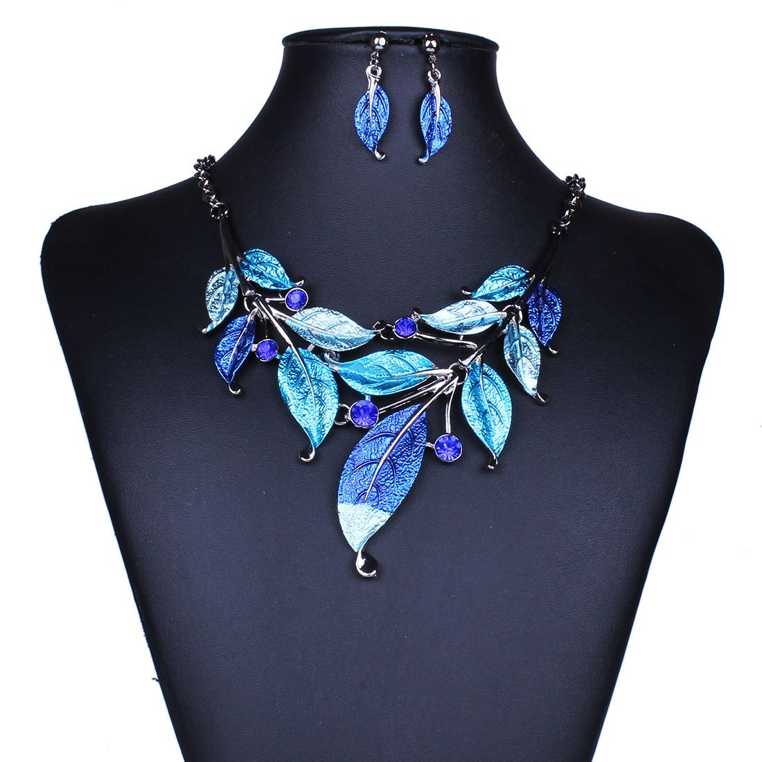 Retro Classic Style Leaves Necklace ( Including Earrings