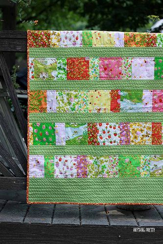 Briar Rose Quilt Using Charm Pack Baby Quilt Pattern Rose Quilt Quilts Charm Pack Baby Quilt