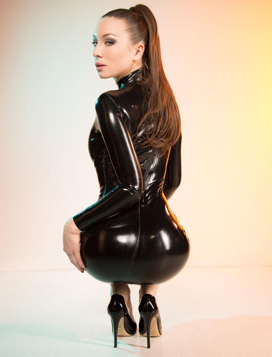 sexiest-ass-on-the-net