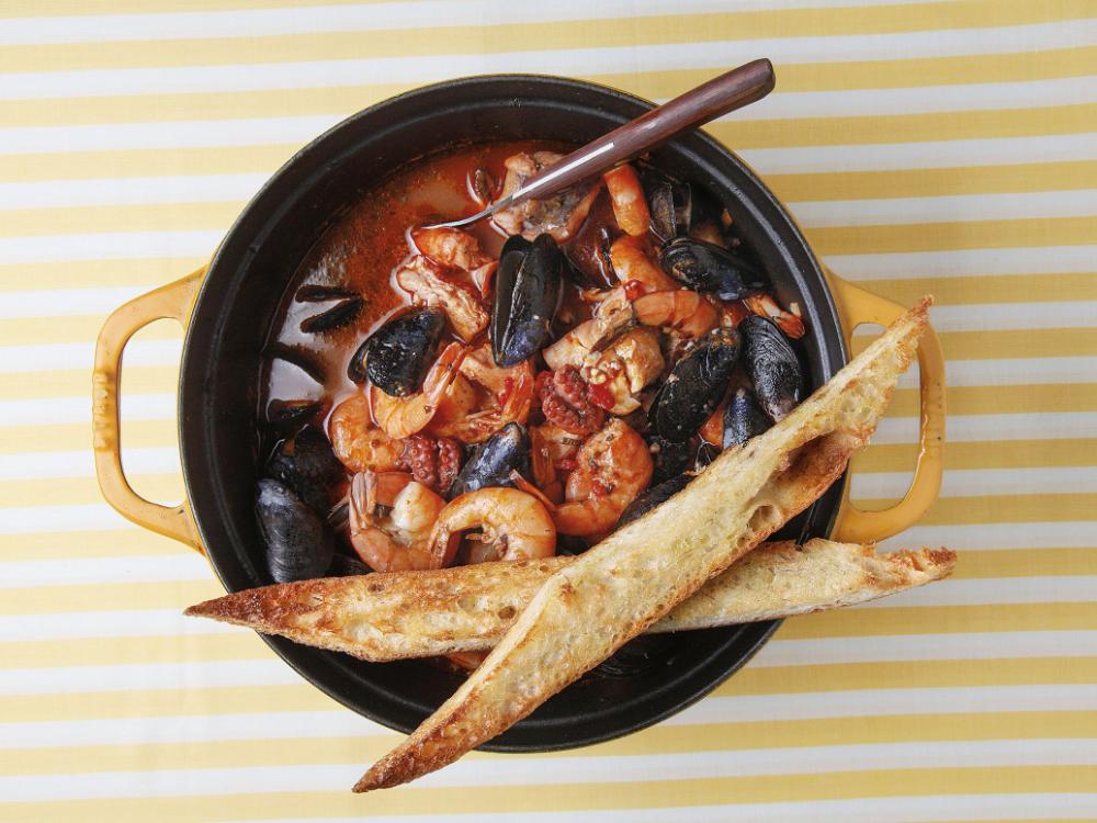 Tuscan Seafood Stew (Cacciucco)