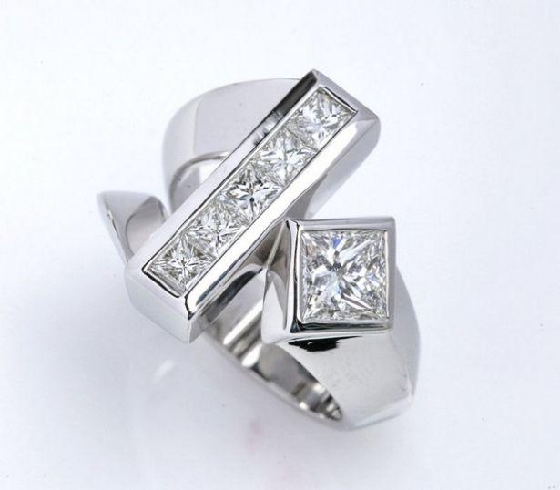 Unusual Diamond Settings Weird Or Wonderful Unique Diamond Ring