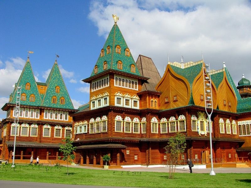 Russian wooden palace - eighth wonder of the world
