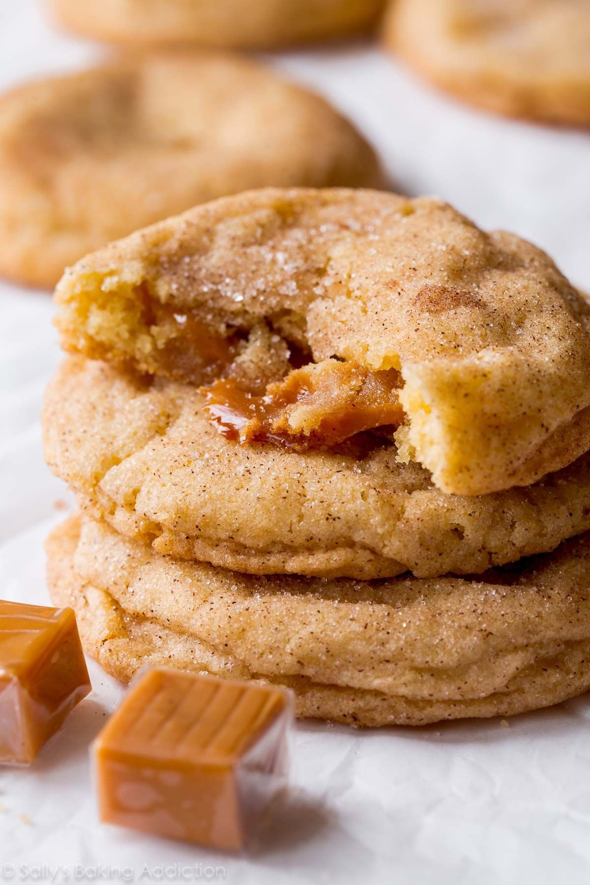 Pillow-y soft caramel snickerdoodles with chewy edges and a caramel surprise…