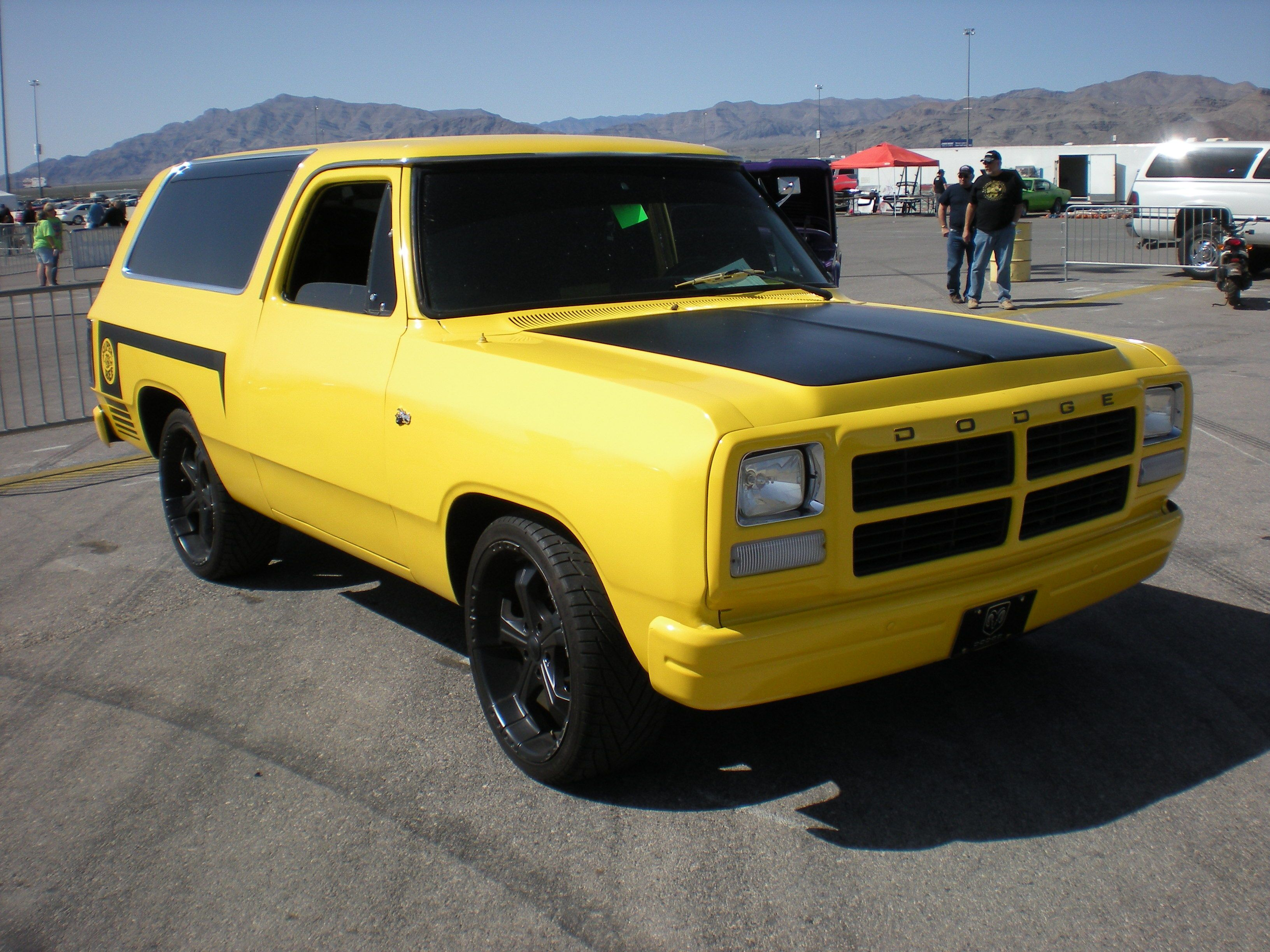 The rumblebee ramcharger cleanest rc ive ever seen dodge ram ramcharger