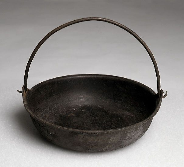Iron cooking pot, mid-1800s Women made do with very little on the