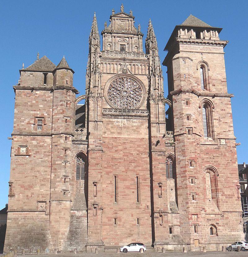 Aveyron Rodez La Cathedrale Notre Dame De Rodez Construite