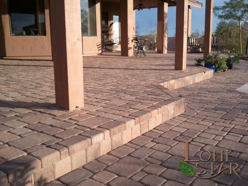 3 tone brown paver patio in desert