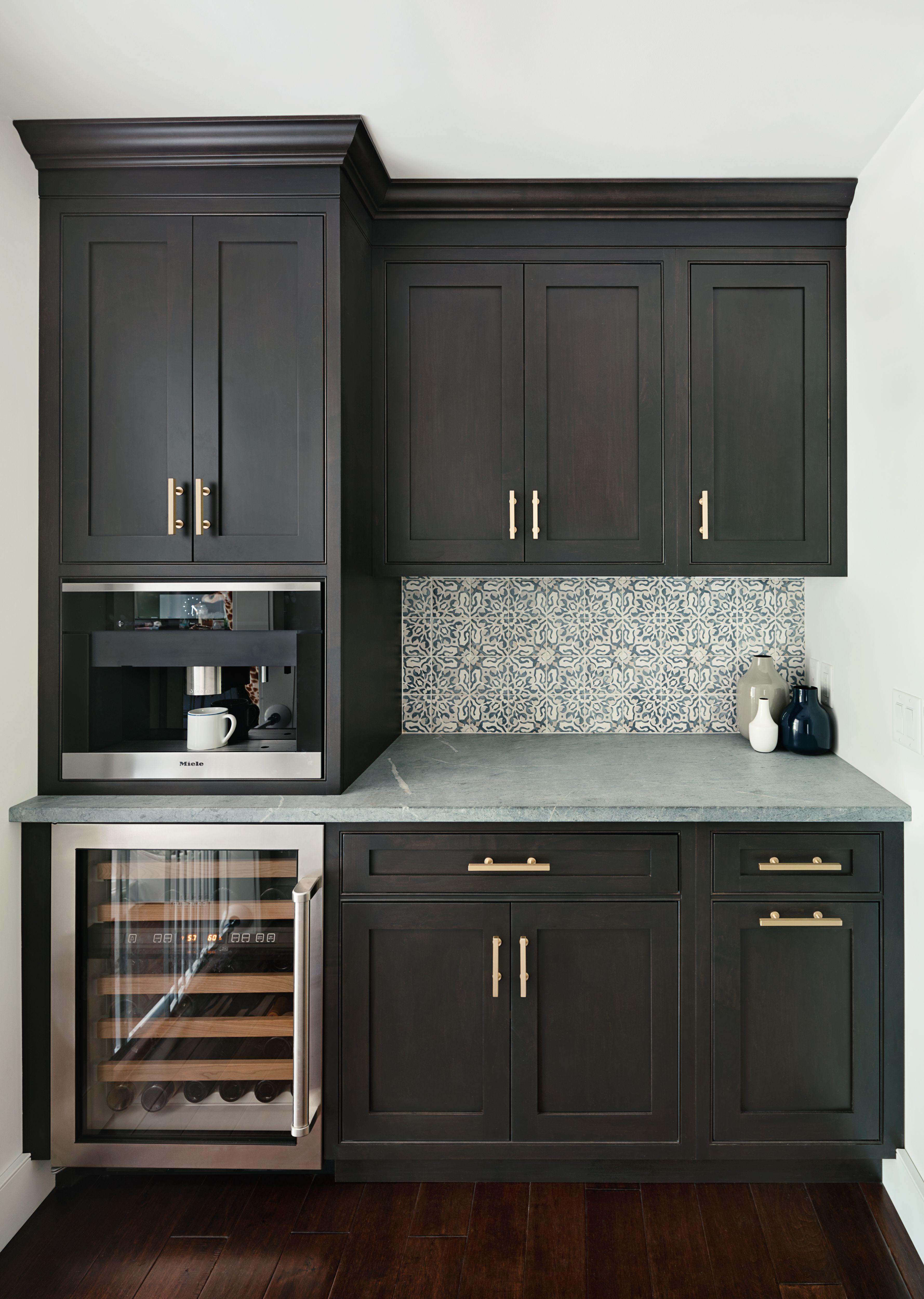 Oakwood Residence Butlers Pantry Z Interiors Black Kitchen Cabinets Kitchen Remodel Black Kitchens
