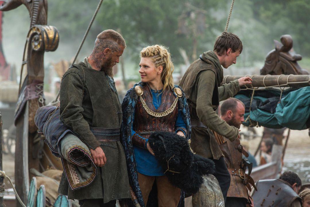 Pin By Gretchen On Everything Viking Vikings Lagertha Vikings Ragnar Vikings Season