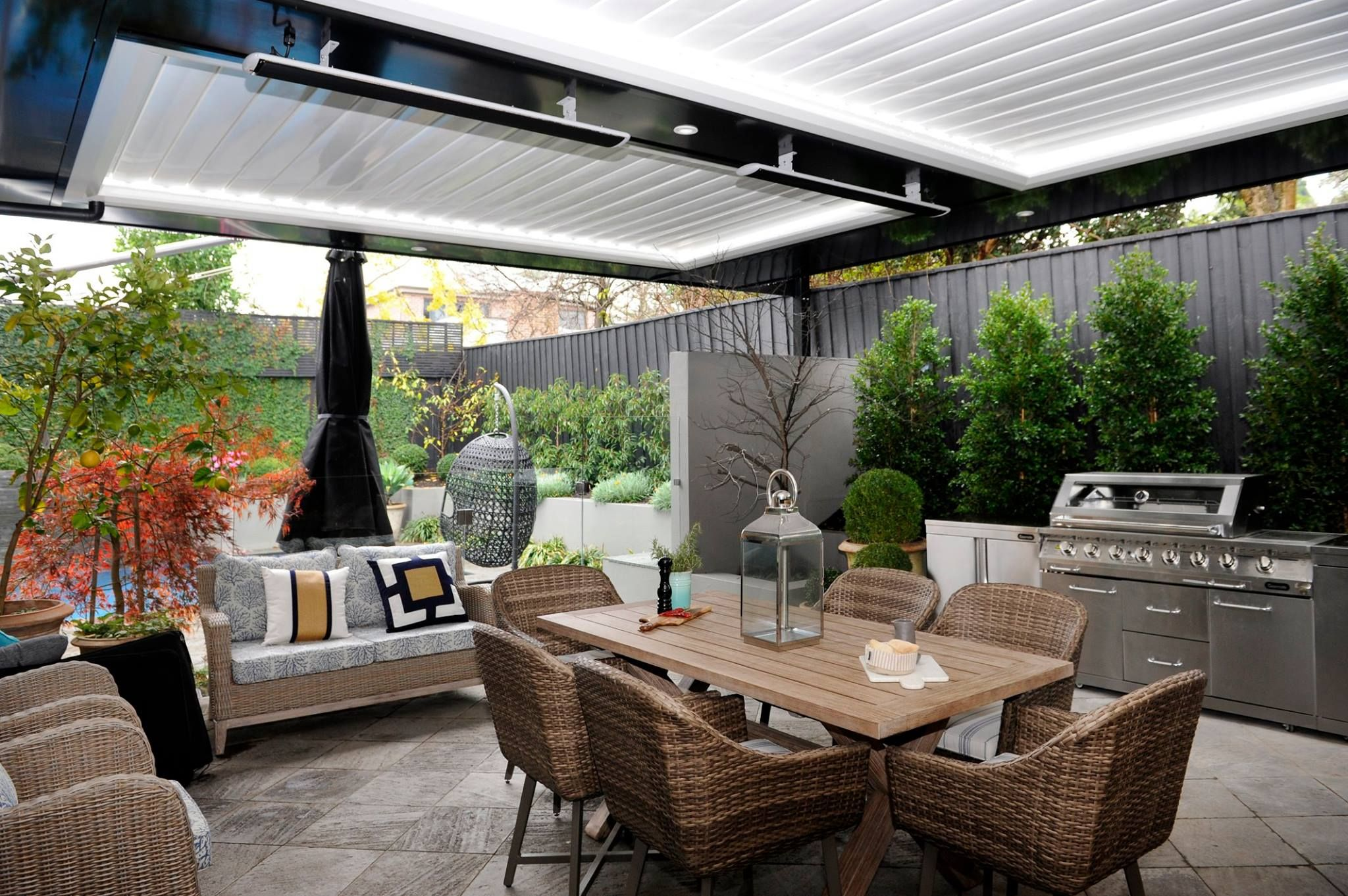 Pin by Nicole Raven on For the garden | Outdoor ... on Indoor Outdoor Entertaining Areas id=39941