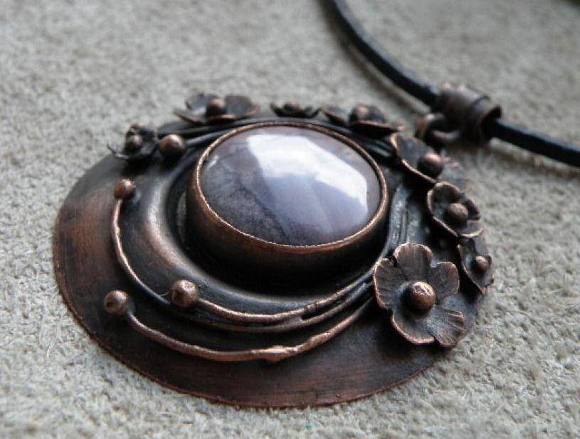 Colgante de cobre  //  Caki