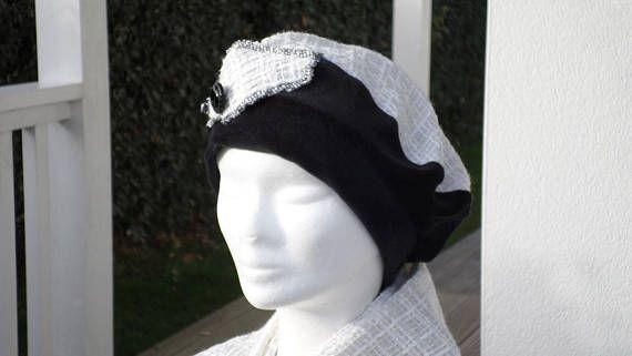 ... écharpe femme laine et velours coton lin eva créateur. Bonnet chapeau  béret noir et blanc femme confortable unique 7b2cd9ba76a