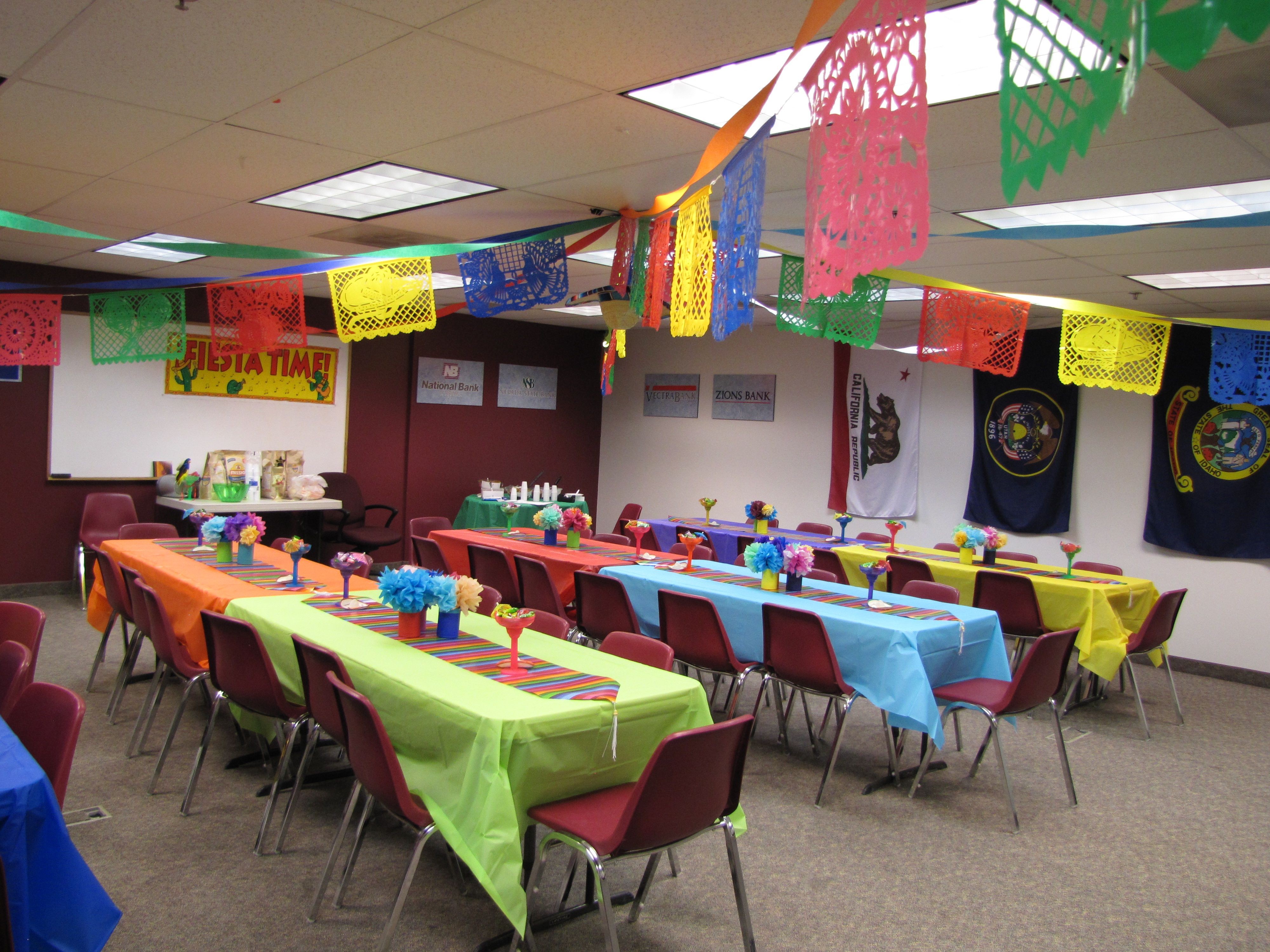 Decorations for our office party fiesta de seis de mayo for Home decor parties canada