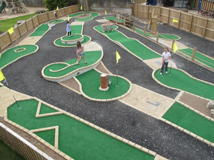 Play Free Web Games Miniature golf