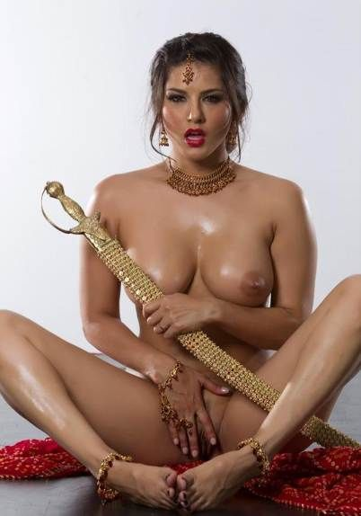 Sunny Leone Hot Sexy Actress Nude Sex Pics Show Big Boobs -2549