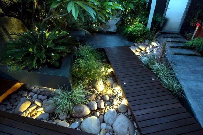 Modern Urban Garden Landscape Conveys A Touch Of Exoticism Backyard Landscaping Landscape Lighting Design Landscape Design