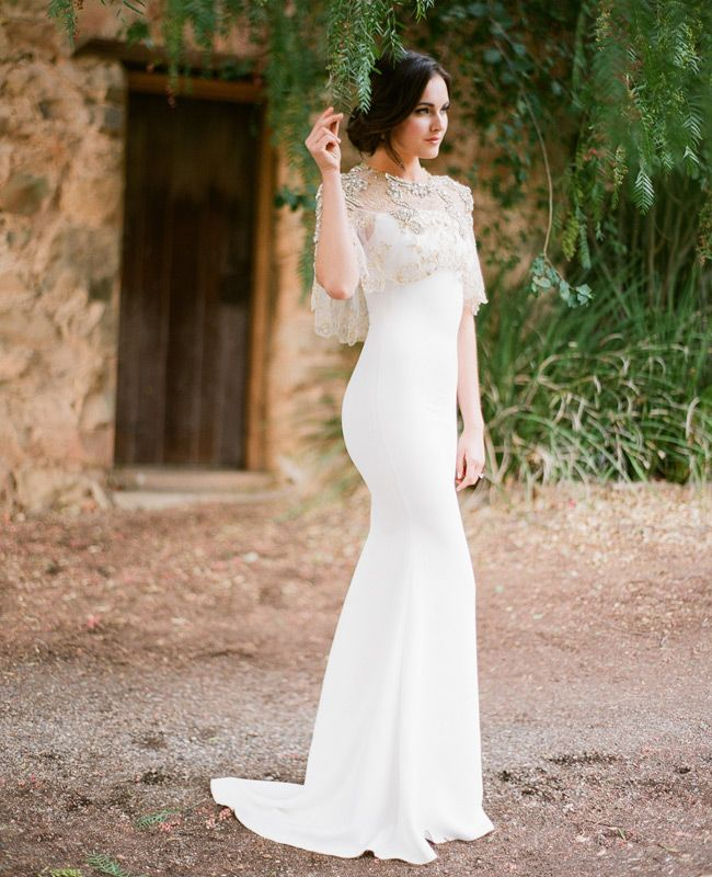 7 Dreamy Wedding Dress Details For A Woodland Wedding By