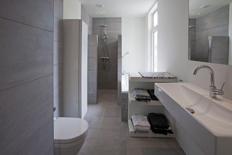 Mooie Badkamers Fotos : Mooie badkamer en suite met glazen deur en wanden badkamers