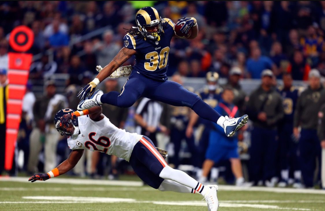 Todd Gurley La Rams With The Leap During His Sensational Rookie Year Todd Gurley St Louis Rams Nfl