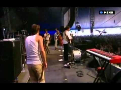 Mumford & Sons - Roll away your stone - Glastonbury 2010. Subtítulos español
