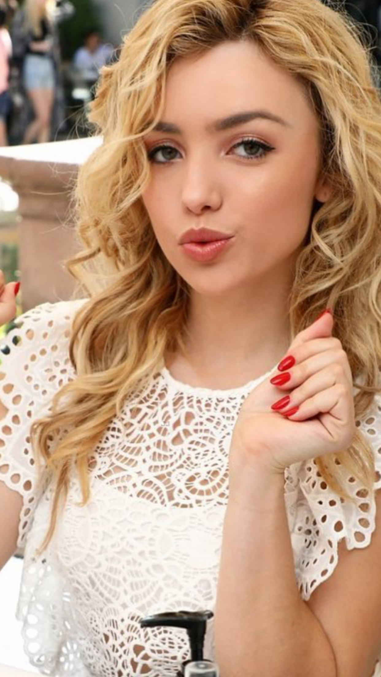 Peyton list awesomuer peyton roi in pinterest peyton
