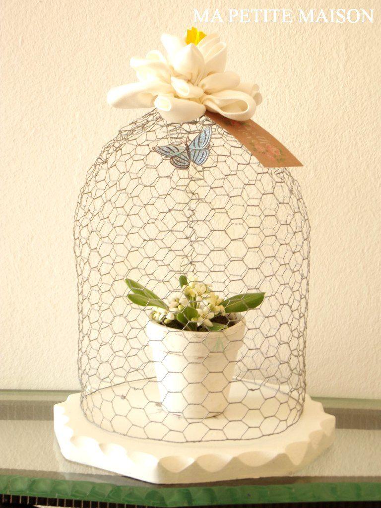 Cloche primaverile | Cloche/Apothecary Jars | Chicken wire crafts