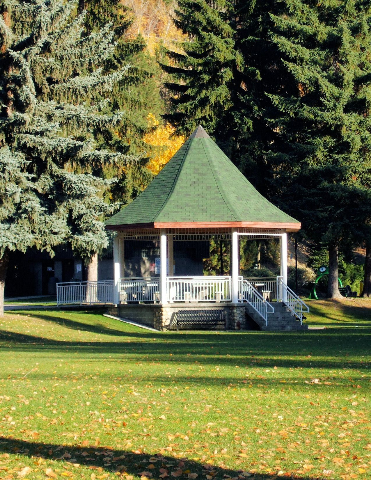Gyro Park Gazebo 1 The In A Town Nestles Between Evergreens On