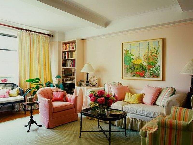 Marvelous Peachy Small Living Room Ideas To Inspire You : Beautiful Peach Small Living  Room With Retro Black Coffee Table And Pink Single Sofa And Colorful Stripe  ... Awesome Ideas