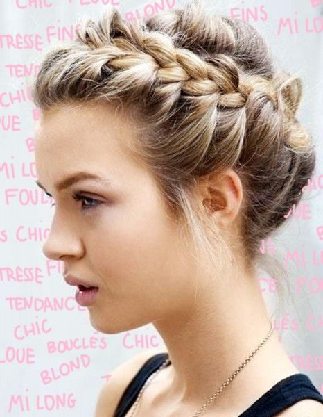 28 modèles de coiffures romantiques qui nous font rêver