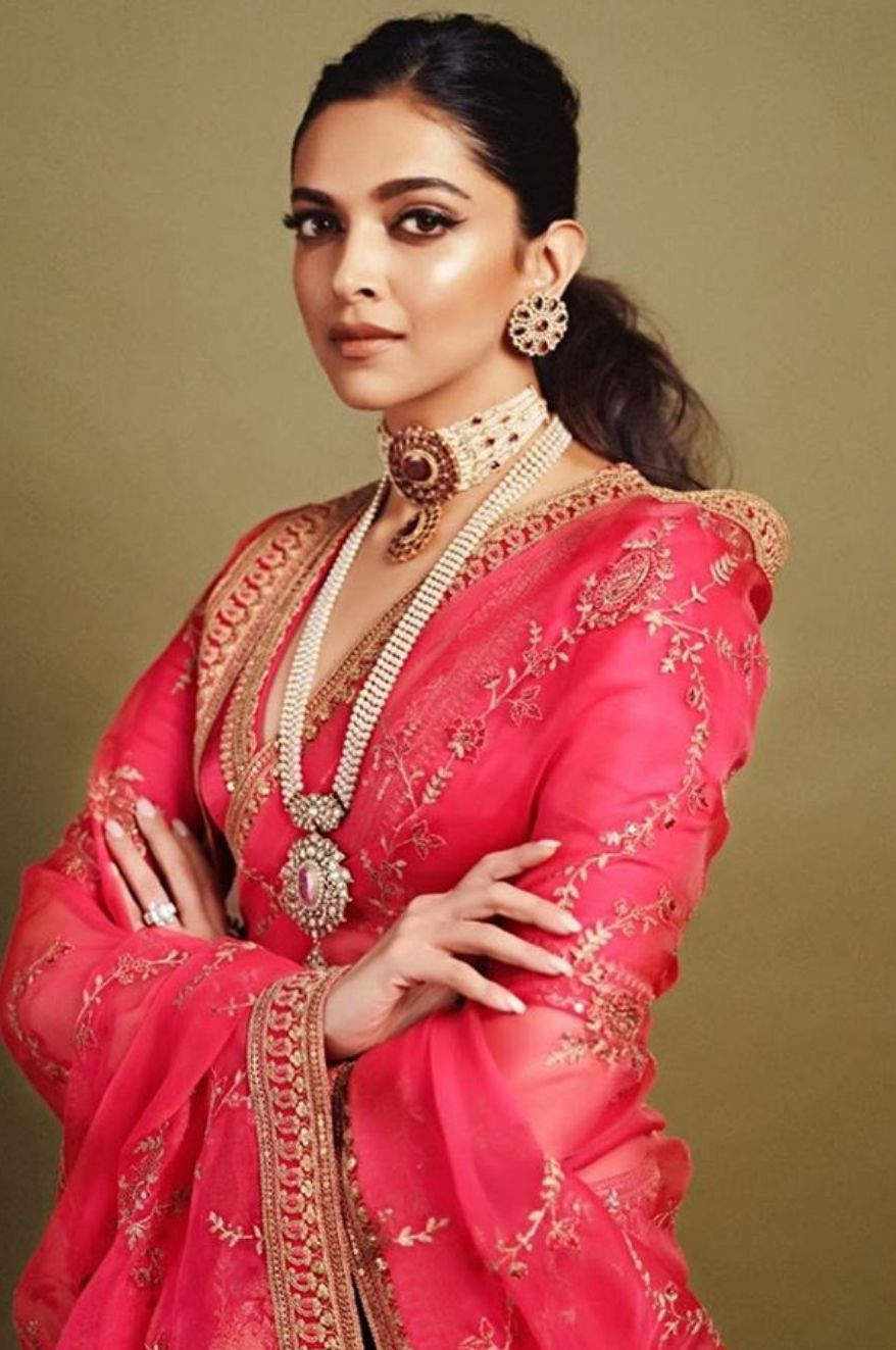 Pin by muskan yadav on Deepika padukone   Saree look ...