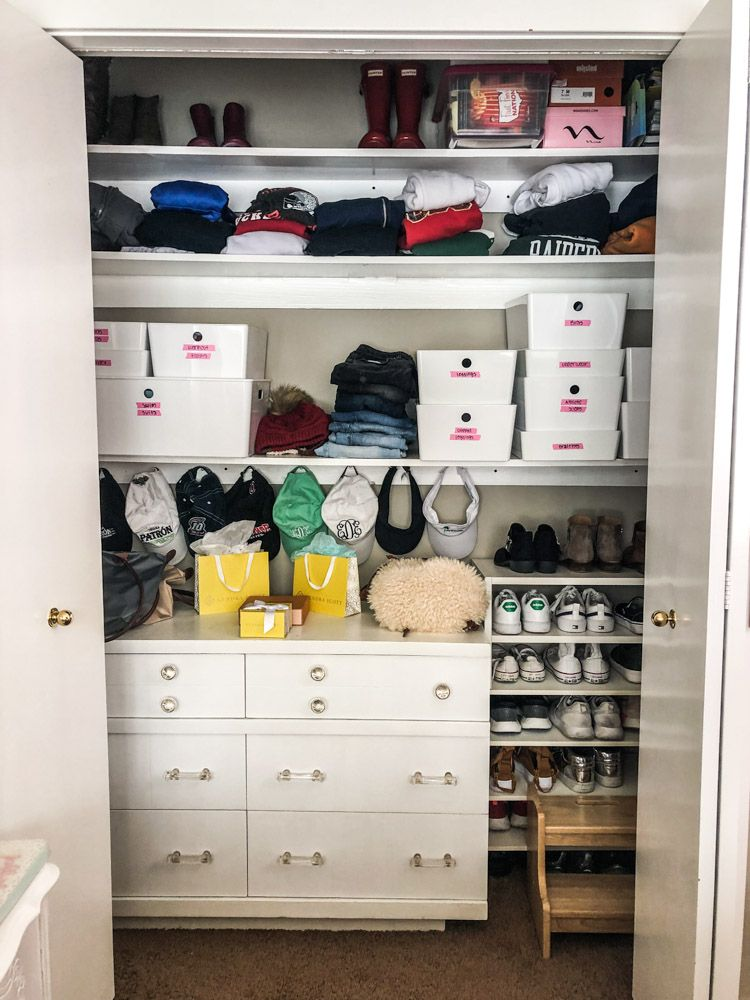 Today I Have Some Inexpensive Closet Organization Ideas For You Am Transforming My Daughters To Be More Effective Her And We Are Doing It