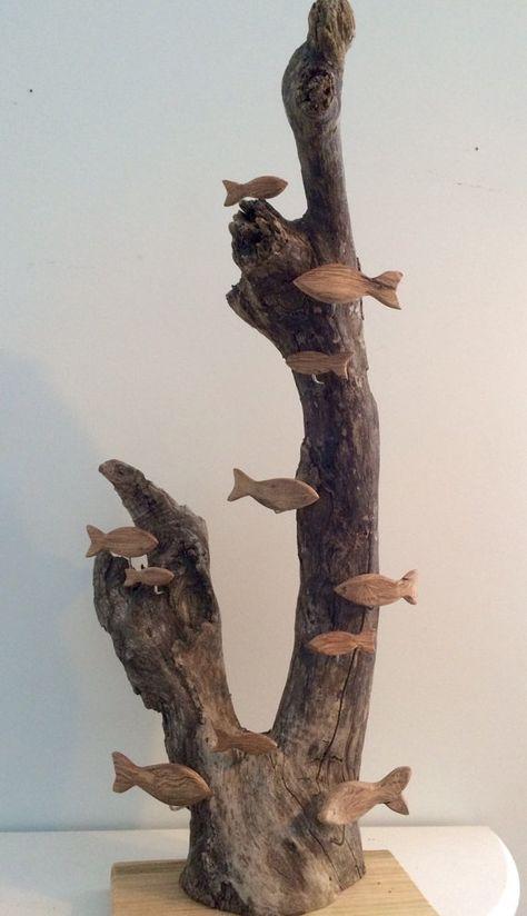 Photo of Elementer som ligner på Driftwood Reef with Hand Carved Driftwood Fish on Etsy