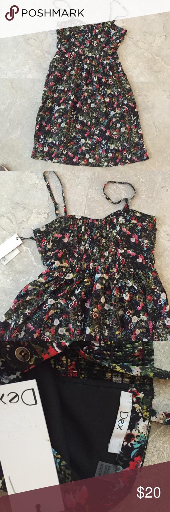 Summer Dress Beautiful, NEW !!! Summer silk floral dress. Never worn, with pockets 💐💐 Dresses Mini