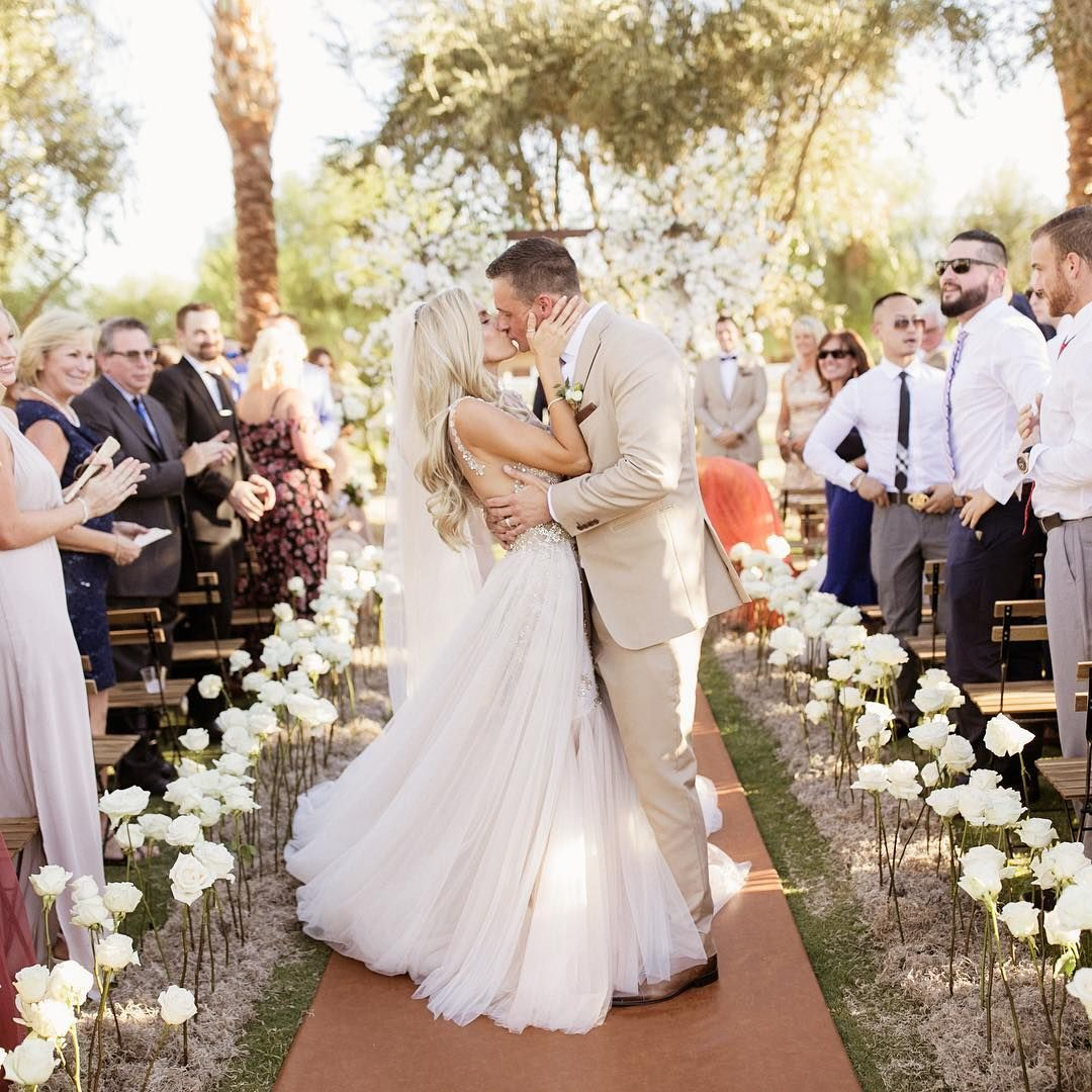 View Best Places To Get Wedding Dresses Gif