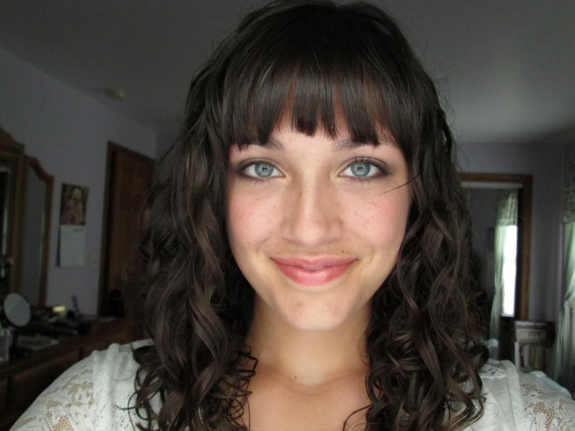 Can Bangs Work With Curly 3a 3b Hair Curltalk Hairstyles With Bangs Curly Hair With Bangs Curly Hair Styles