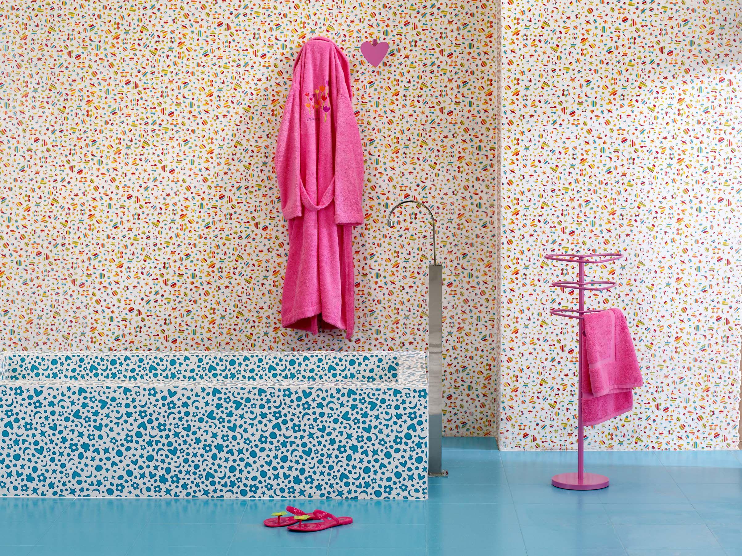 Valli Arredobagno ~ Valli #arredobagno colorata proposta per vasca da bagno con