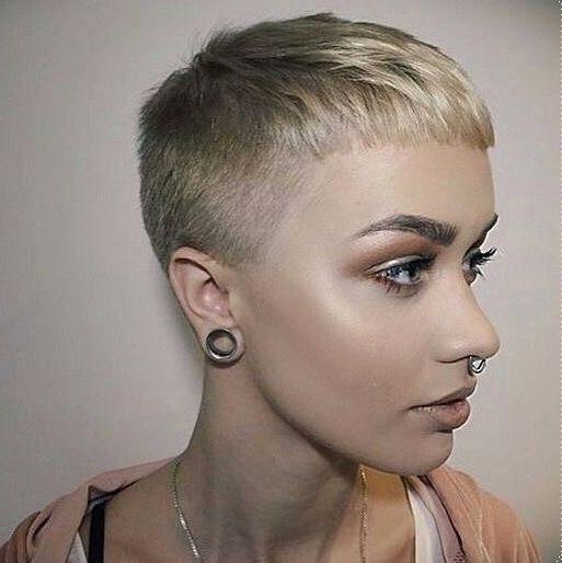 Épinglé par Anony mouse haircutlover sur hair Cheveux
