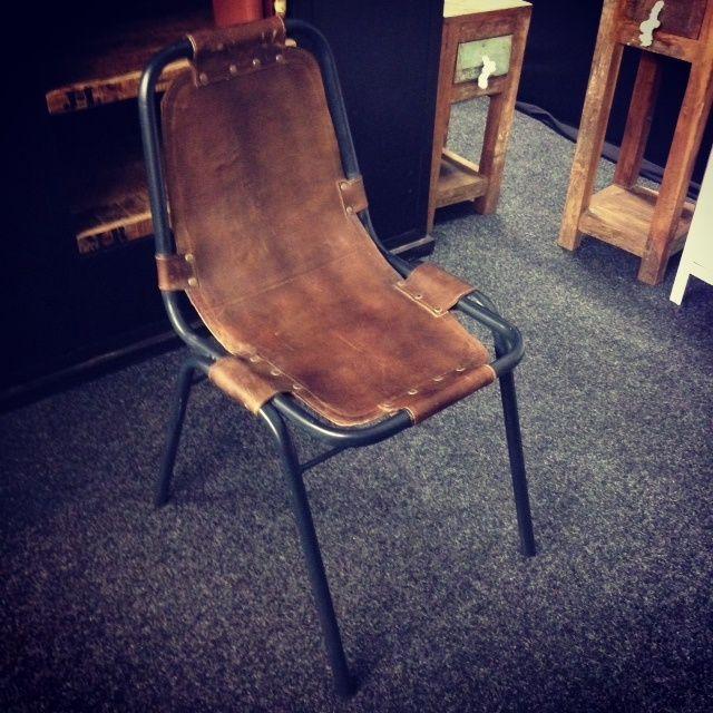 Vintage stoel leer | Stoelen | Giga meubel industrieel