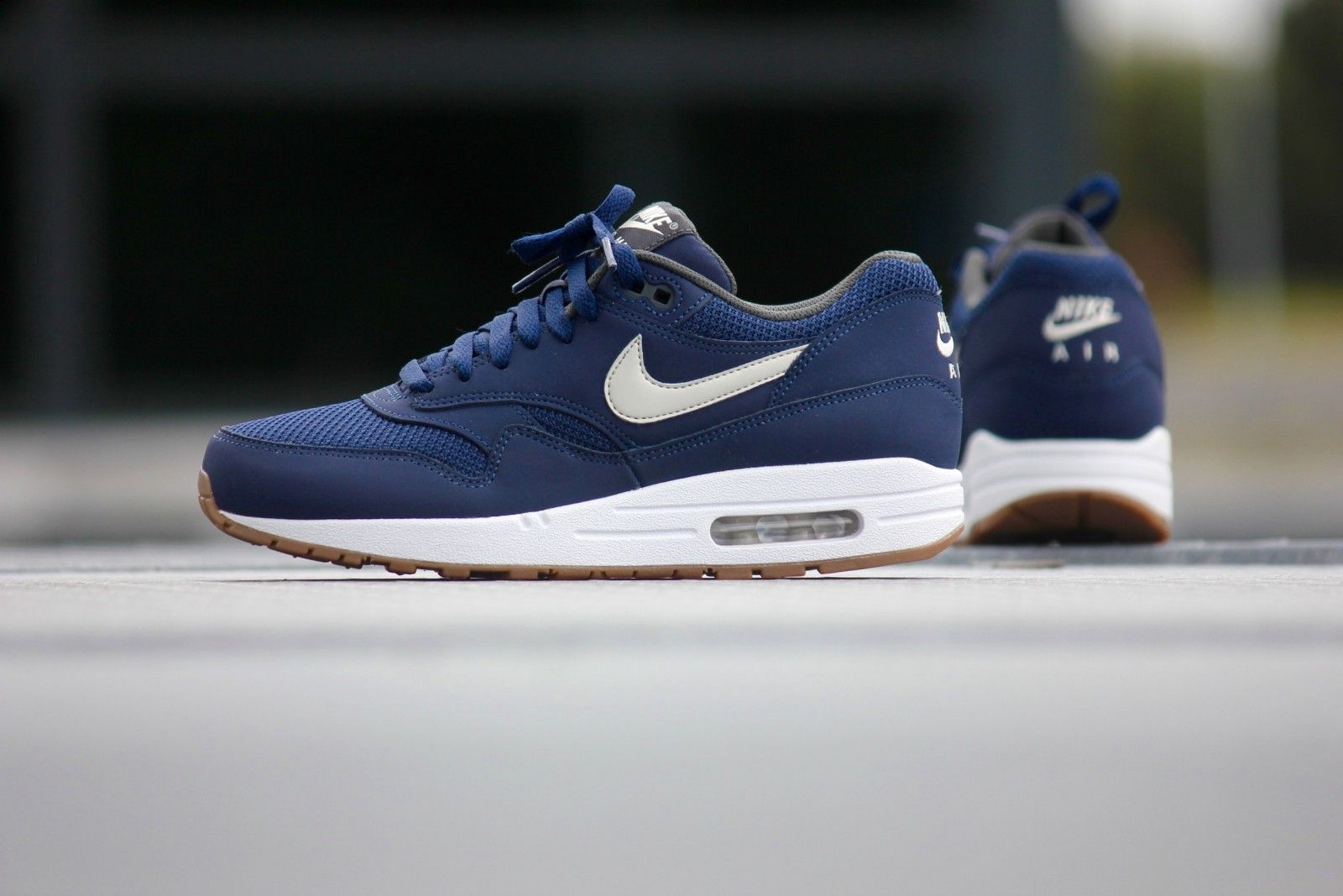 Nike Air Max 1 Essential Midnight Navy/Light Bone/Red Running Shoes for MAN