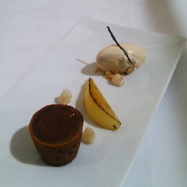 Pastel fluido de toffe, pera caramelizada y candy de ron #Zaranda #Blogtrip - @Garbancita