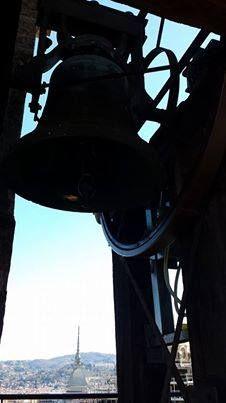 Torre del Duomo con la Mole sempre presente - foto by  Valentino Milia