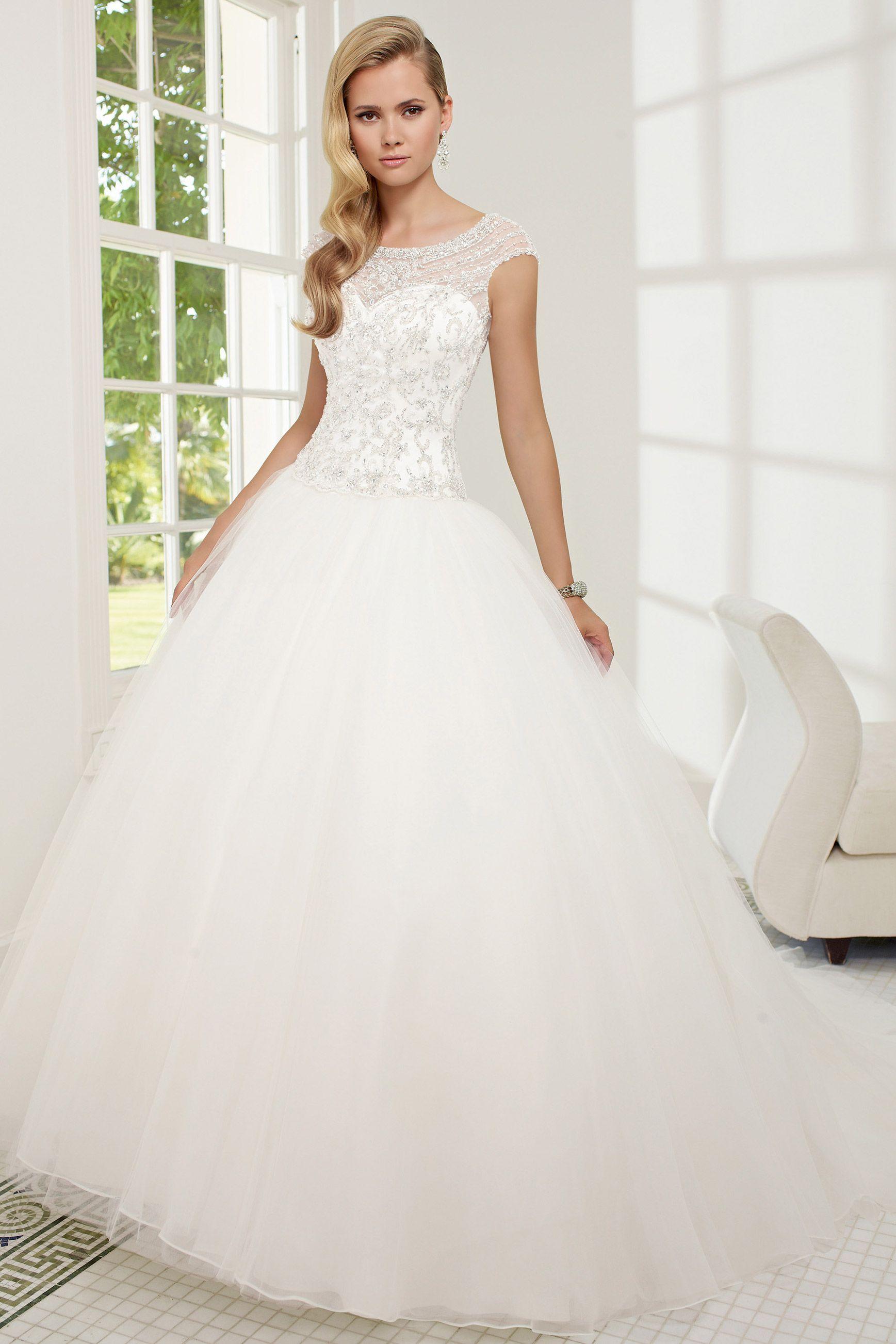 Ronald Joyce Ballgown Princess Wedding Dress Guides For Brides Wedding Dresses Wedding Dresses Beaded Wedding Dress Guide [ 2606 x 1737 Pixel ]